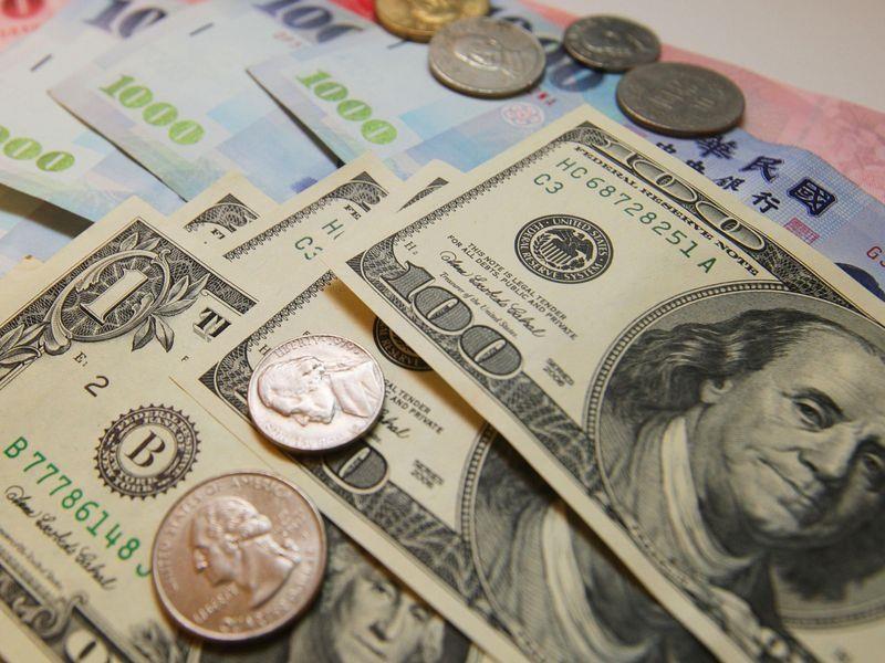 新台幣兌美元6日收盤收31.510元,強升1.18角。(中央社檔案照片)