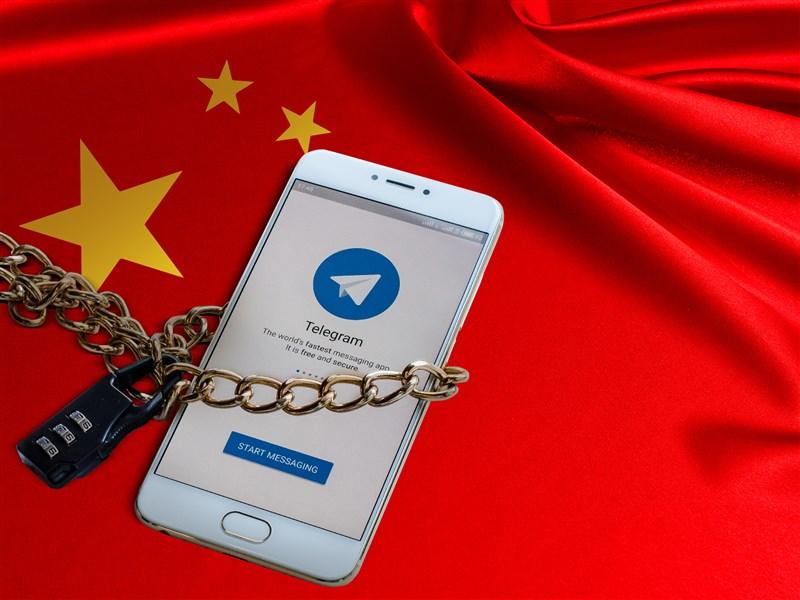 中國官方粉飾形象的「大外宣」政策,如今已向臉書、推特、YouTube等平台伸展,鼓動反西方與民族主義情緒。(中央社)