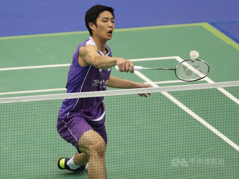 台灣羽球一哥周天成(圖)28日在2019南韓羽球公開賽男單4強,擊敗自家好手王子維,連2年挺進男單決賽。(中央社檔案照片)