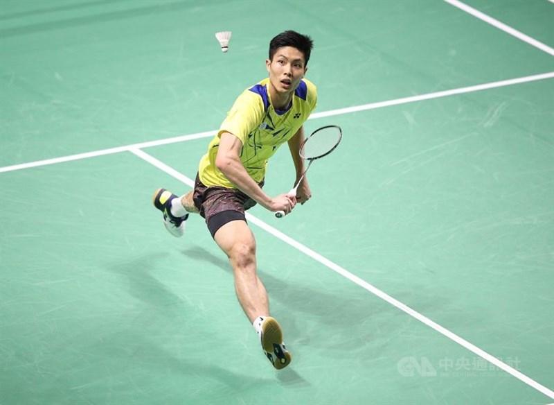 台灣羽球一哥周天成(圖)16日以21比13、17比21、21比17擊退中國選手陸光祖,闖進丹麥羽球公開賽16強。(中央社檔案照片)