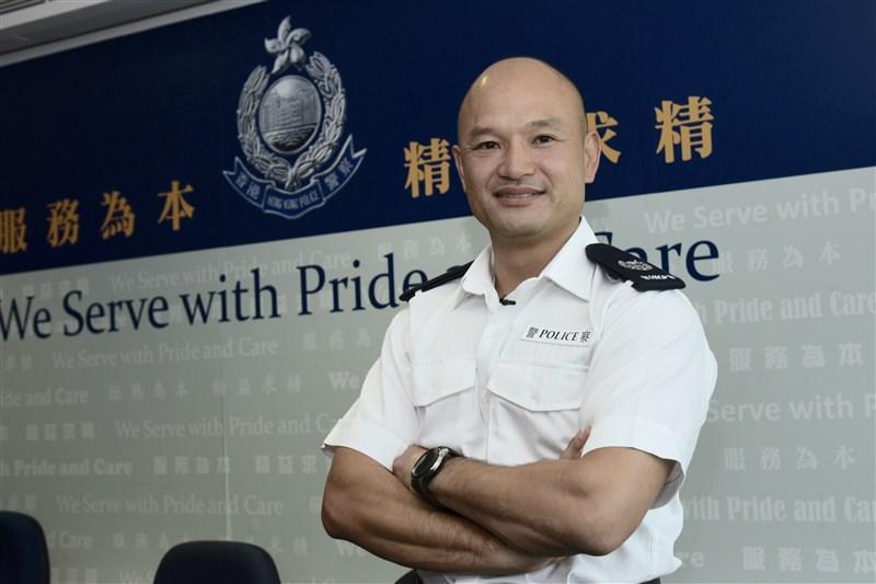 在香港反送中運動中曾舉起槍瞄準示威者、被稱為「光頭警長劉Sir」的劉澤基在中國大陸爆紅。(檔案照片/中新社提供)