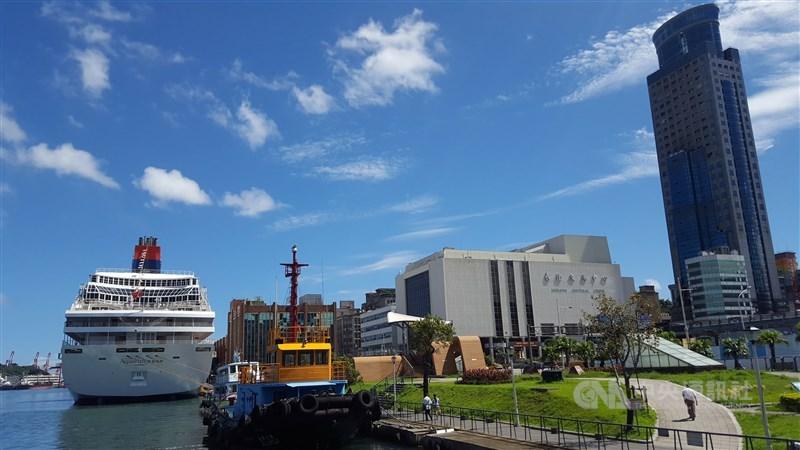 基隆港今年第3度取得歐洲海港組織所推動的108年歐洲生態港認證。圖為基隆港東岸。(中央社檔案照片)