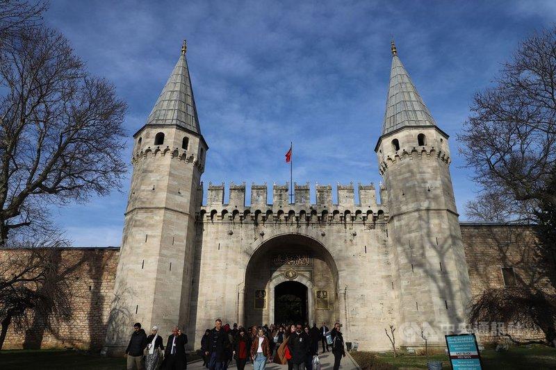 土耳其冬季遲來,氣象預報12月氣溫才會下降,安卡拉和伊斯坦堡較正常氣溫高攝氏2到5度。圖為今年2月2日攝於伊斯坦堡托卡匹皇宮博物館的冬季景象。中央社記者何宏儒伊斯坦堡攝   108年11月20日