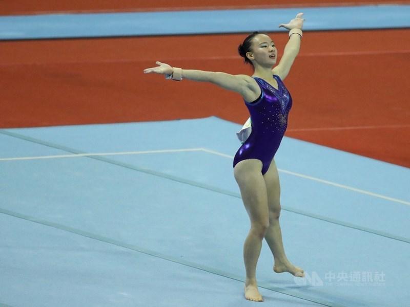 台灣體操小將丁華恬在地板項目展現的新動作獲國際總會通過,將以她的名字命名。圖為10月丁華恬參加全運會女子競技體操項目。(中央社檔案照片)