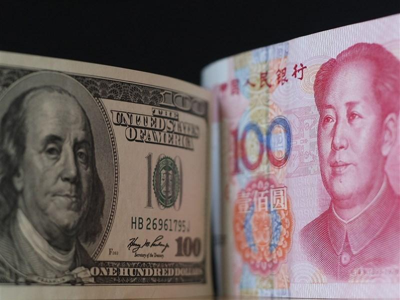 中國海關總署8日發布進出口數據,在中美貿易戰的大背景下,今年前11個月,中美貿易總值為人民幣3.4兆元,年減11.1%。(中央社檔案照片)