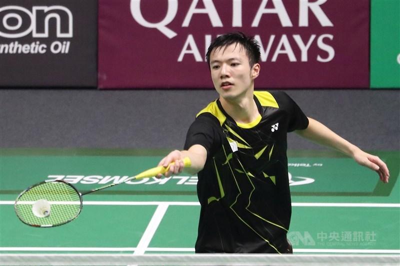 「羽球王子」王子維14日在世界羽聯世界巡迴賽總決賽4強賽,以17比21、12比21吞敗。(中央社檔案照片)