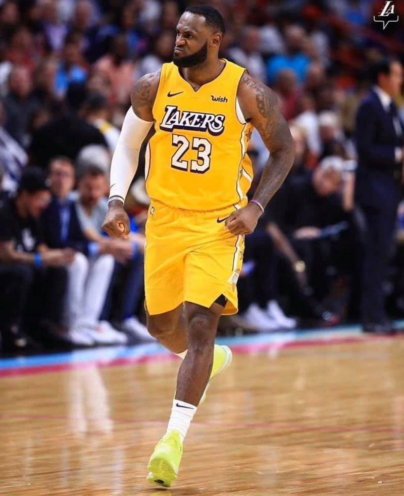 美聯社29日投票選出近10年最佳男運動員,美國職籃NBA洛杉磯湖人球星「詹皇」詹姆斯獲選。(圖取自facebook.com/LeBron)