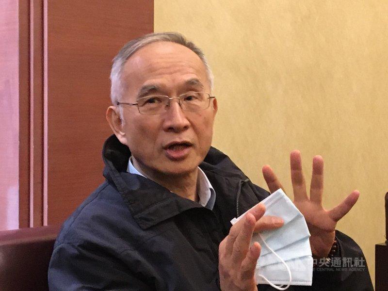 亞太電信董事長呂芳銘22日表示,5G標金高得太離譜,他重申5G企業專頻專網的立場。 中央社記者鍾榮峰攝  109年1月22日