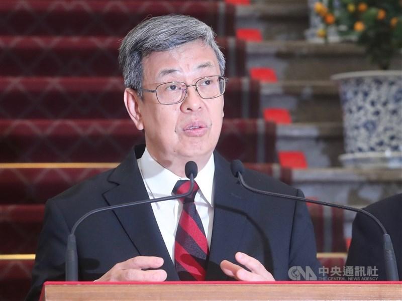 副總統陳建仁17日凌晨透過臉書發文說,台灣並未進入「社區傳播」狀況,一般民眾從社區得到感染風險很低。(中央社檔案照片)