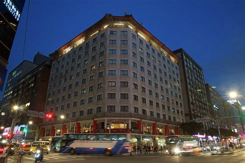 位於台北市南京松江商圈有48年歷史的六福客棧將在2020年5月底熄燈。(中央社檔案照片)