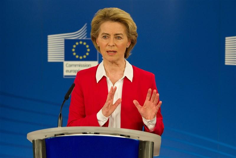 歐盟執委會主席馮德萊恩2日代表歐盟公開推文,感謝台灣捐贈歐盟及會員國560萬片外科口罩。(圖取自twitter.com/vonderleyen)