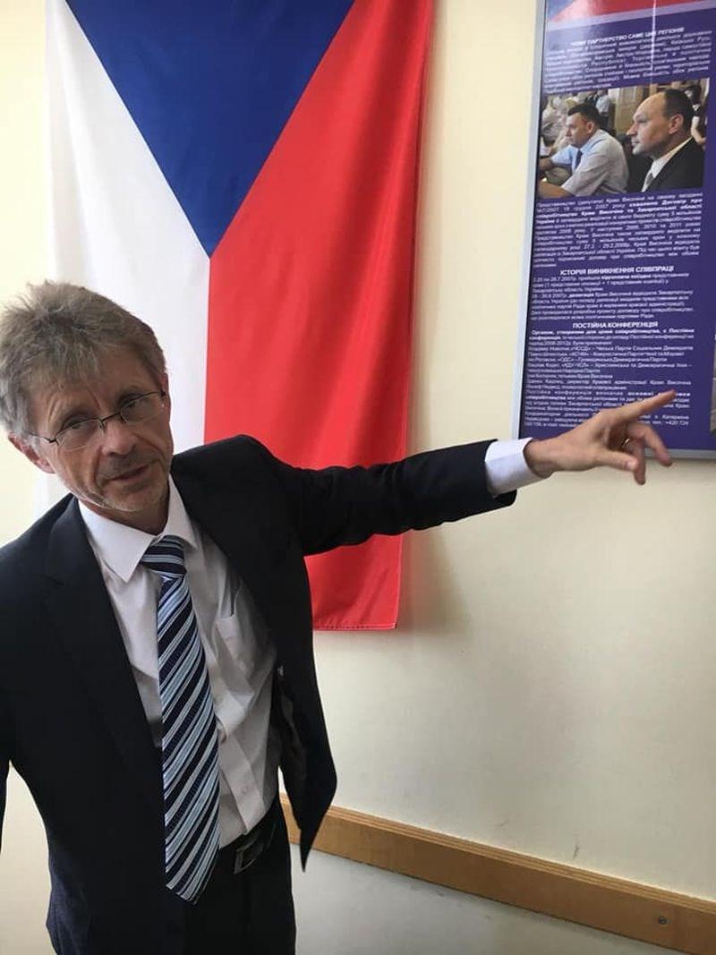 捷克媒體報導,參議院議長維特齊9日宣布將訪問台灣,日期為8月30日至9月5日(圖取自facebook.com/milosvystrcil)