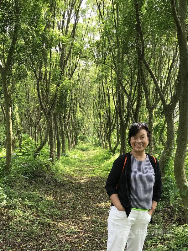 作家龍應台將在7月出版首部長篇小說「大武山下」,是她在2017年搬至屏東後,耗費2年多時光所完成作品,以魔幻的筆觸探討、碰觸人的存在狀態,是一部既微觀又宏大的故事。(時報出版提供)中央社記者陳秉弘傳真 109年6月19日