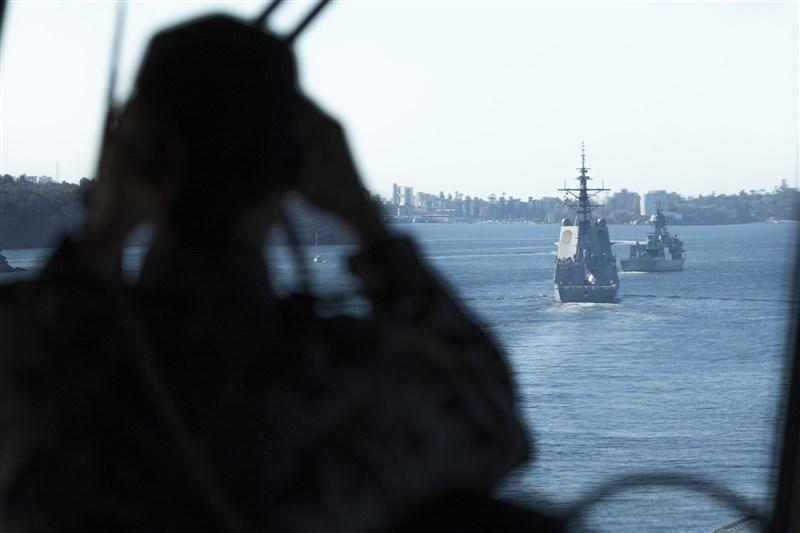 中國和澳洲緊張關係升高之際,澳洲總理莫里森7月1日將發表重大政策演說,屆時將宣布大幅增加國防開支,並聚焦於印太地區軍力投射。圖為澳洲國防軍海上演訓。(圖取自澳洲國防軍網頁images.defence.gov.au)