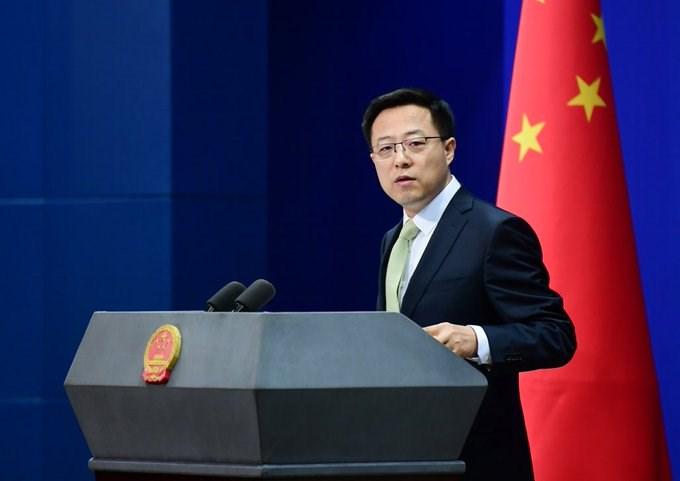 中國外交部發言人趙立堅(圖)1日表示,作為對美方行動的反制,將要求4家美國媒體自即日起7日內向中方申報在中國境內所有工作人員、財務、經營、所擁有不動產訊息等書面資料。(圖取自twitter.com/zlj517)