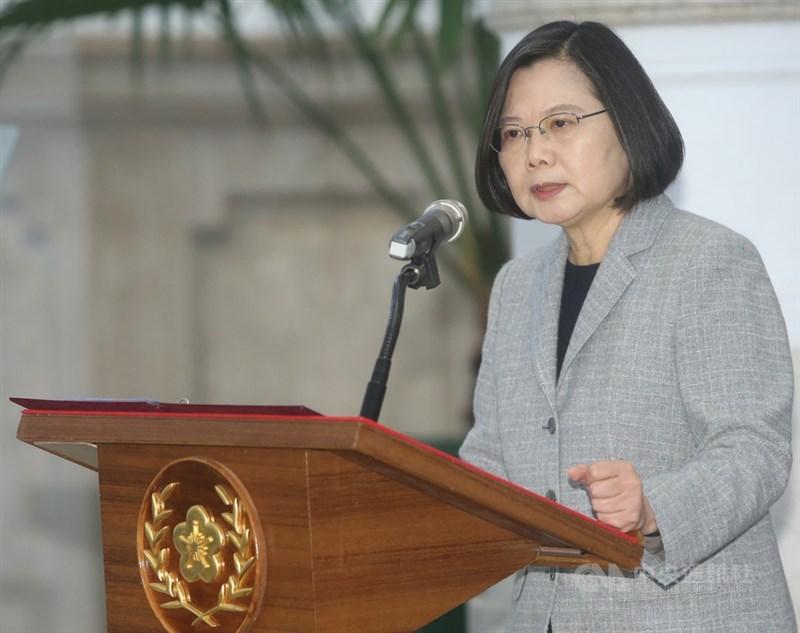歐洲央行總裁拉加德22日表示,包括總統蔡英文(圖)在內的全球女性領導人在因應武漢肺炎危機方面的表現比男性出色。(中央社檔案照片)