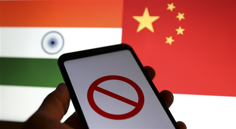 印度政府2日宣布再禁中國騰訊開發的熱門手遊「絕地求生」等118款中國App。才禁兩天,騰訊在印度市場就損失約340億美元。(安納杜魯新聞社)