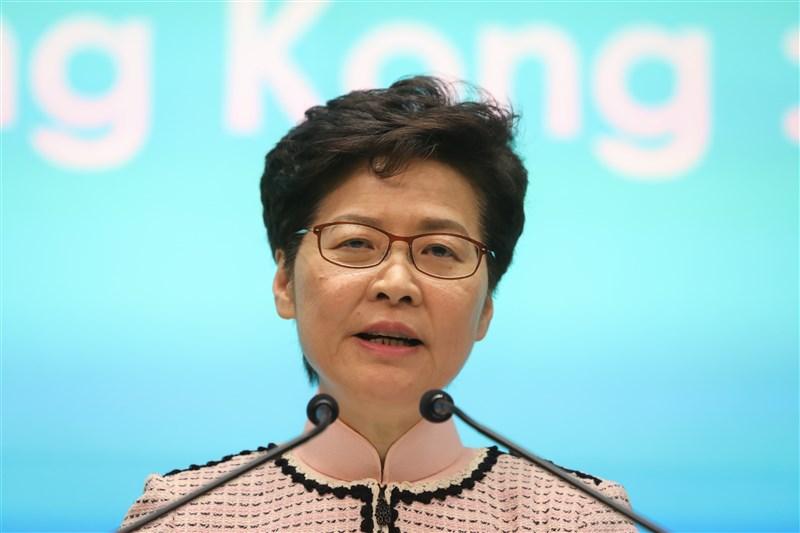 香港行政長官林鄭月娥14日指出,重新思考政策局如何組成才最有利於香港未來發展。(中新社)