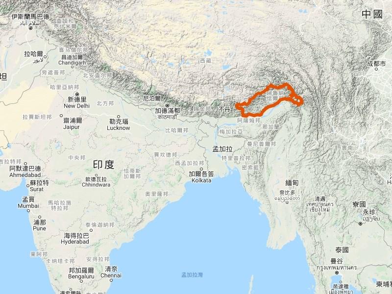 中國與印度有領土爭議的阿魯納查省(紅框處)興建村莊引起印度憂慮,印度準備在年底前重新部署一萬名士兵專注邊境中國威脅。(圖取自Google地圖google.com.tw/maps)