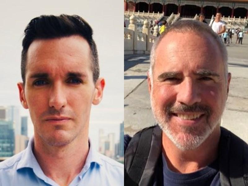 澳洲廣播公司駐北京記者伯特爾斯(左)與澳洲金融評論報駐上海記者史密斯(右)遭國安人員問話後,逃到外館尋求庇護數天,並於7日漏夜撤離。(左圖取自twitter.com/billbirtles,右圖取自twitter.com/MikeSmithAFR)