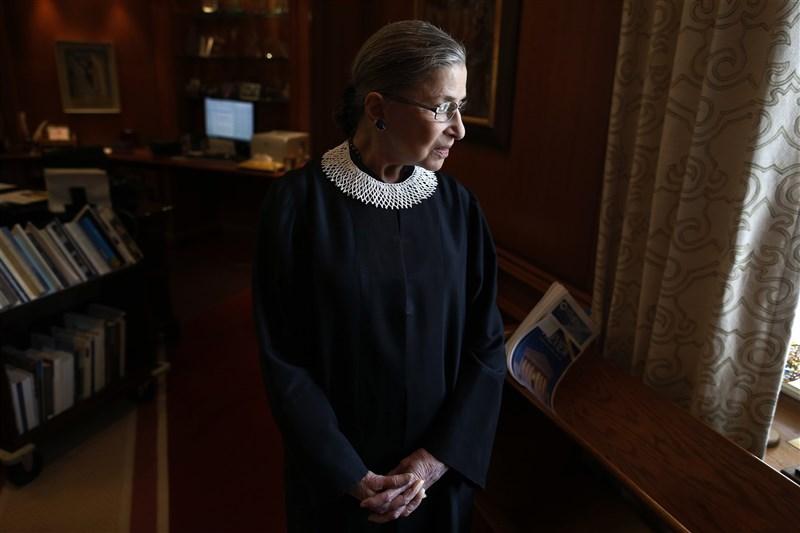 美國最高法院大法官金斯柏格18日逝世,享壽87歲。(美聯社)