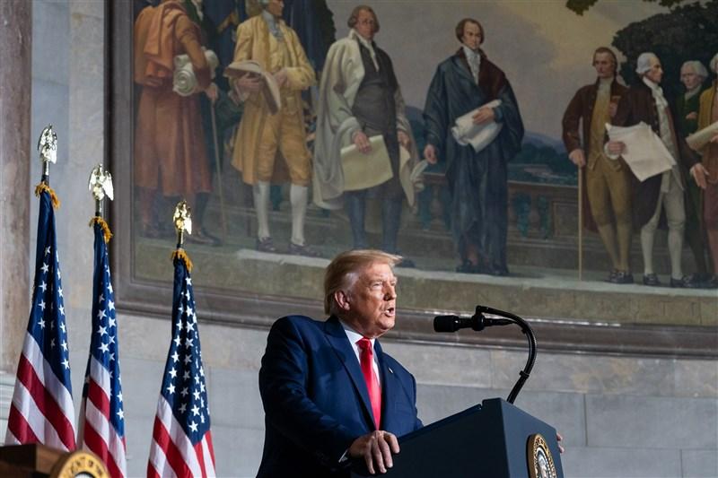 美國總統川普22日在聯合國發言砲轟中國,以「中國病毒」稱呼新型冠狀病毒,要求聯合國追究中國責任。(圖取自facebook.com/WhiteHouse)