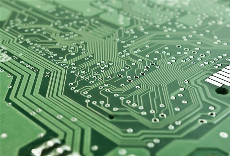 名古屋大學教授天野浩領導的研究團隊宣布,已成功開發出高效率無線電力傳輸新技術。(示意圖/圖取自Pixabay圖庫)