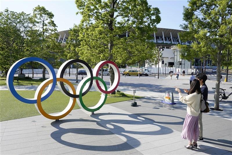 受到武漢肺炎疫情影響,東京奧運能否順利舉行備受關注。證券公司分析師估算,如果停辦,損失額約5690億日圓(約新台幣1526億元)。(共同社)