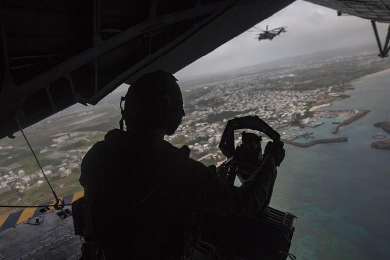 目前美國海軍和陸戰隊在西太平洋的部署高度偏重日本,但美國陸戰隊司令柏格表示,美軍必須改變過去70年來在太平洋的戰力配置。圖為美軍第3陸戰隊遠征軍日本訓練情形。(圖取自facebook.com/IIIMEF)