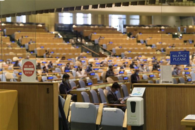 第75屆聯合國大會總辯論將落幕,外交部發言人歐江安29日表示,台灣14個友邦為聯合國會員國,均致函聯合國秘書長支持台灣參與聯合國體系。(圖取自twitter.com/UN)