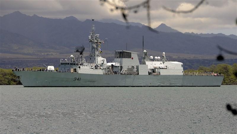 國防部3日表示,一艘加拿大籍護衛艦,由南海向北航經台灣海峽後繼續往北行駛,上次加拿大軍艦航經台海,為2019年9月渥太華號巡防艦。圖為渥太華號巡防艦檔案照片。(圖取自維基共享資源,版權屬公眾領域)