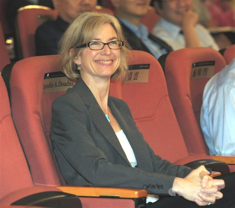 國際知名RNA結構生物學家、美國國家科學院院士珍妮佛.道納(Jennifer A. Doudna)獲第二屆唐獎生醫獎。中央社記者施宗暉攝 105年9月26日