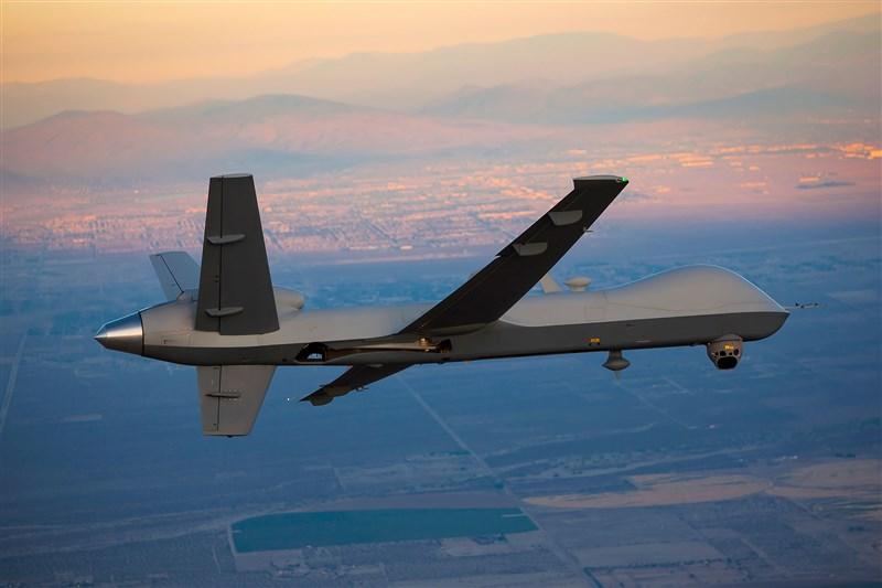 路透社2日引述消息人士報導,美國出售台灣4架MQ-9無人機案,已在國會進入最後批准階段,軍售金額為6億美元(約171億台幣)。圖為MQ-9海上衛士機型。(圖取自通用原子航空系統公司網頁ga-asi.com)