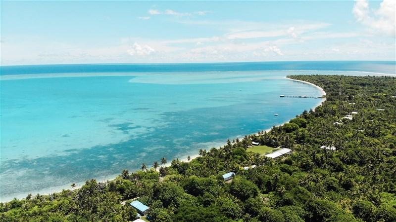 台灣與帛琉的「旅遊泡泡」將有重大進展。旅遊業傳出帛琉總統預計15日來台宣布相關措施。(圖取自facebook.com/officialpva)