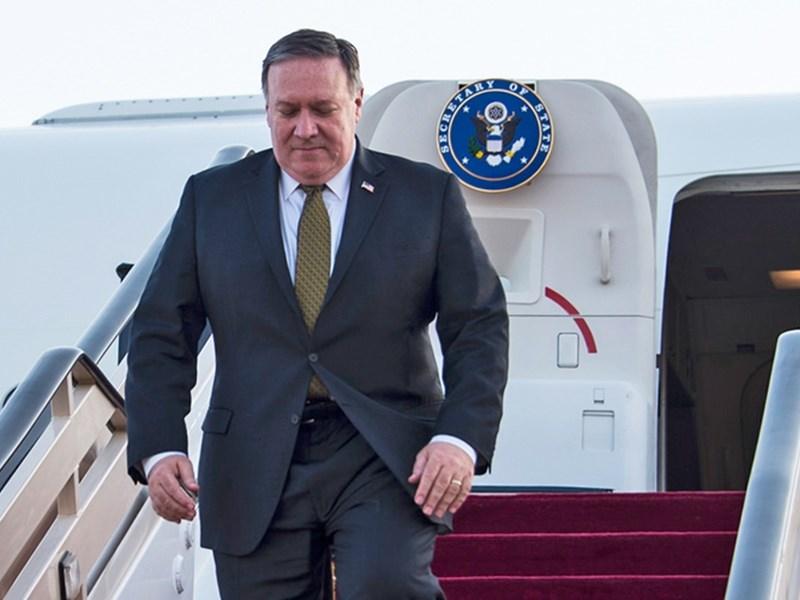 美國國防部長艾斯培下週將隨同國務卿蓬佩奧(圖)訪問印度,在面對中國戰略挑戰之際,加強美印兩國同盟關係。(圖取自twitter.com/secpompeo)