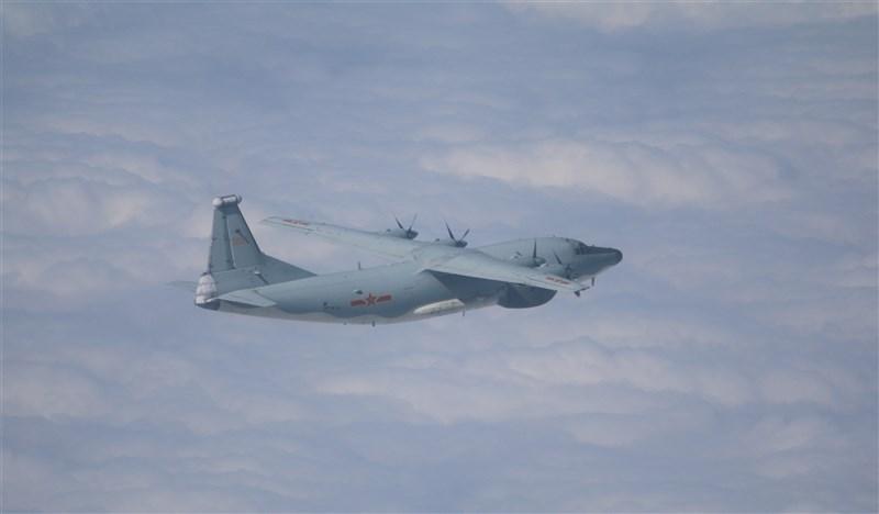 空軍30日發布共機動態,運8電偵機、運8遠干機(圖)、運8技術偵察機等3架共機侵犯台灣西南防空識別區,是9月16日以來,共軍第29度擾台。(圖取自國防部網頁mnd.gov.tw)