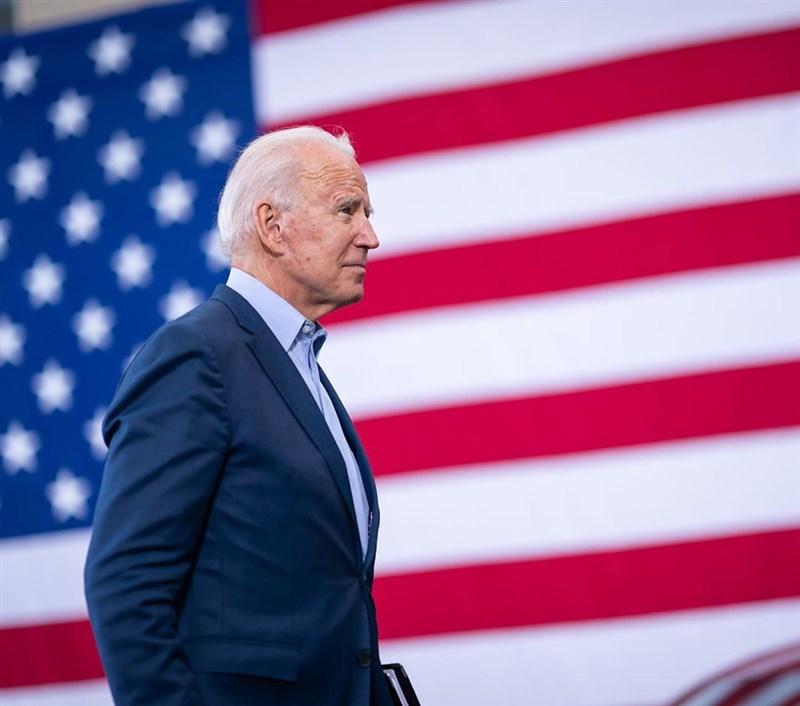 美國聯邦眾議院民主黨第二號人物霍耶爾23日表示,眾議院26日將對總統拜登(圖)推出的1兆9000億美元抗疫紓困案進行表決。(圖取自instagram.com/joebiden)
