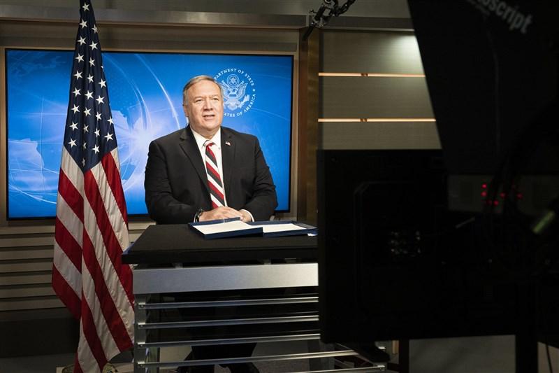 美國國務卿蓬佩奧16日接受費加洛報專訪時,呼籲歐美團結抗中,若放棄抵抗,未來恐將淪為彷如中國屬地的窘境。(圖取自twitter.com/SecPompeo)