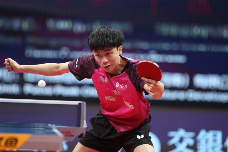 台灣桌球一哥林昀儒(圖)在ITTF年終賽以4比2擊敗德國前世界球王奧恰洛夫,晉級8強。(圖取自twitter.com/ittfworld)