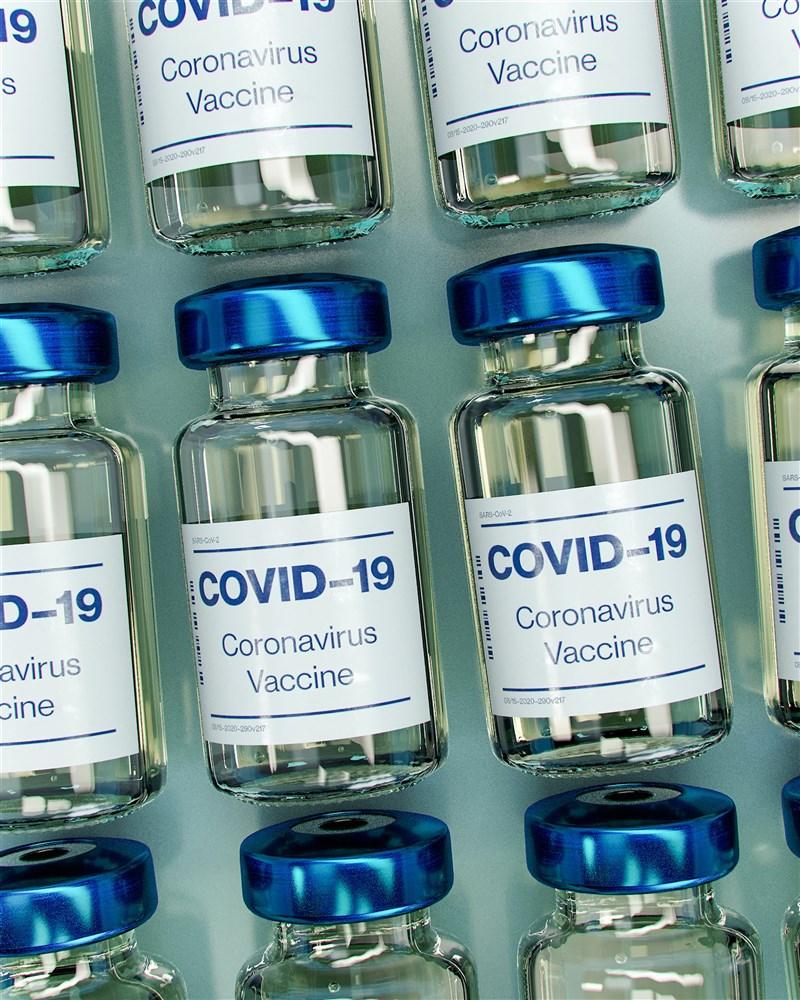馬尼拉當局財政吃緊下,菲律賓政府除了期望中國、俄羅斯提供疫苗採購優惠,私部門也合力捐贈疫苗,為民眾早日接種疫苗助一臂之力。(示意圖/圖取自Unsplash圖庫)