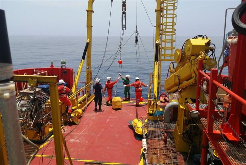 美國已就中國企業華為海洋削價競標海底網路電纜所構成的安全威脅,向太平洋島國發出警告。圖為華為海洋在馬爾地夫至斯里蘭卡的海洋勘測現場。(圖取自華為海洋網頁huaweimarine.com/cn)