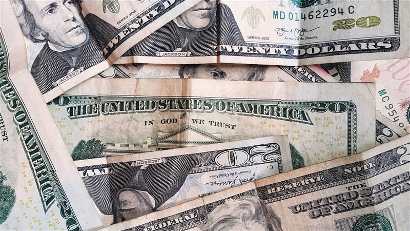 G20一份公報指出,20國集團財長達成共識,新增IMF特別提款權6500億美元與延長償債時間,以助開發中國家應付疫情及促進經濟復甦。(圖取自Unsplash圖庫)
