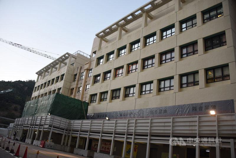香港27日新增2019冠狀病毒疾病確診病例70例,其中,聯合醫院(圖)2D病房爆發群聚感染,再增加7例確診。(中通社提供)中央社 109年12月27日