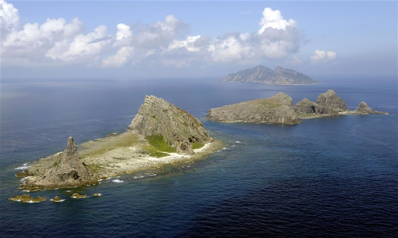 日媒報導,駐日美軍原本計畫2月在釣魚台海域實施物資補給相關演練,但因天候不佳取消。(共同社)