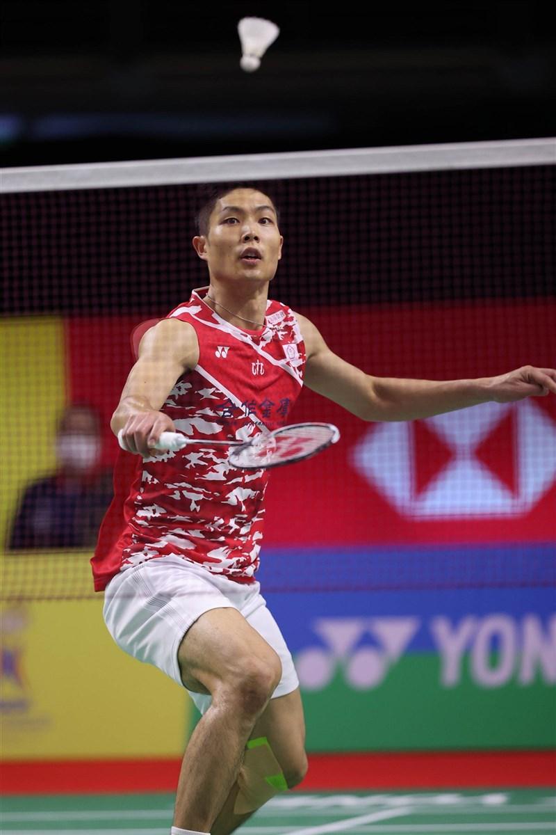 周天成(圖)14日在泰國羽球公開賽直落二橫掃印尼好手謝薩,順利摘下8強門票。(泰國羽球協會提供)