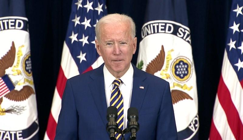 美國總統拜登4日造訪國務院,發表他上任以來首場重要外交政策演說。(圖取自twitter.com/StateDept)