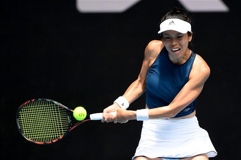 台灣網球好手謝淑薇(圖)在澳網8強賽不敵日本好手大坂直美。(圖取自twitter.com/AustralianOpen)