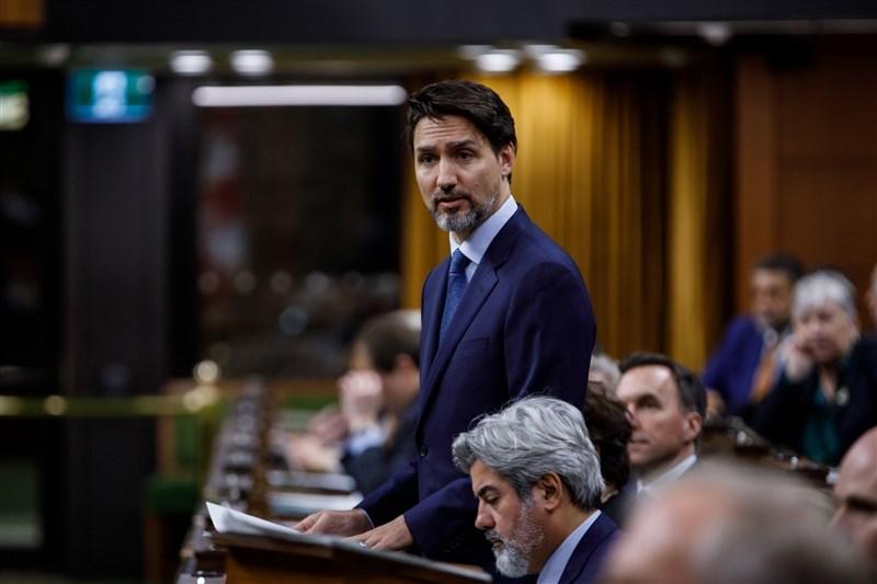 加拿大總理杜魯道16日表示,加拿大和其他國家正在考慮將中國對待少數民族維吾爾人的方式定調為「種族滅絕」,他說「毫無疑問地」,新疆已傳出有侵犯人權的重大事件。(圖取自facebook.com/JustinPJTrudeau)