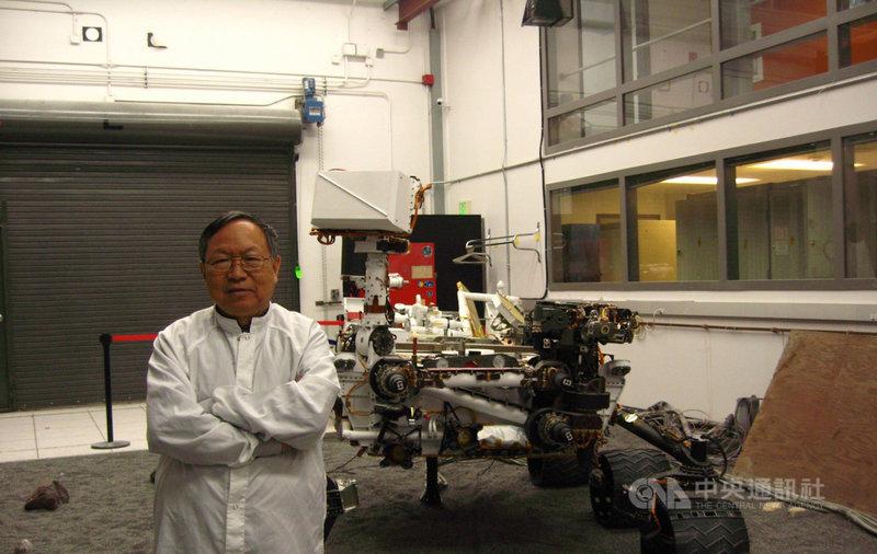 來自台灣的電機博士劉登凱服務於美國國家航空暨太空總署(NASA)噴射推進實驗室(JPL),自1997年以來參與了5次火星探測任務,設計太空船電子裝置。(劉登凱提供)中央社記者林宏翰洛杉磯傳真 110年2月19日