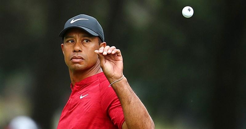 美國高爾夫名將老虎伍茲23日發生車禍,據媒體報導雖無生命危險,但雙腿嚴重骨折。(圖取自twitter.com/TigerWoods)